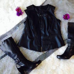 Fashion 2 Figure Vest